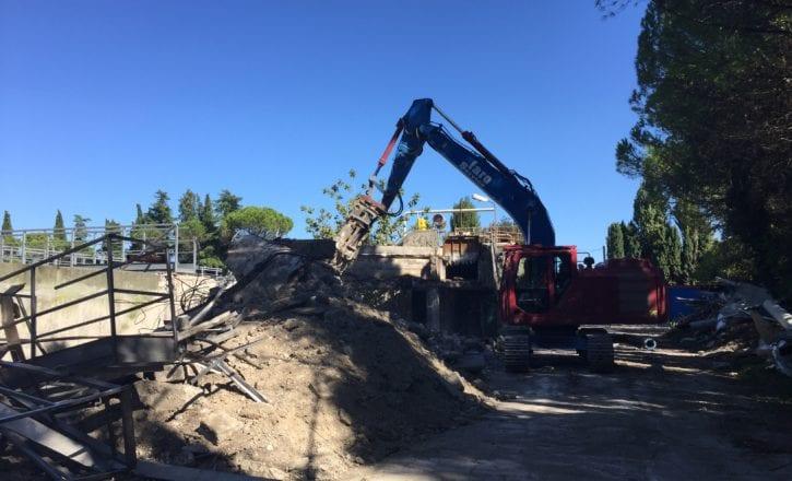 Demolizione scavi movimento terra cemento depuratore Marecchiese Rimini