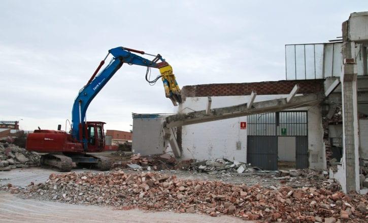 demolizione bonifica copertura Decathlon Zola Predosa Bologna