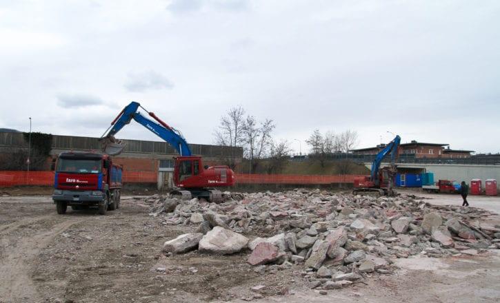 Scavi rimozione cemento Decathlon Zola Predosa Bologna