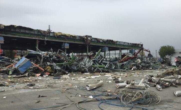Demolizione padiglioni 29 30 Fiera Bologna bonifiche ambientali coperture