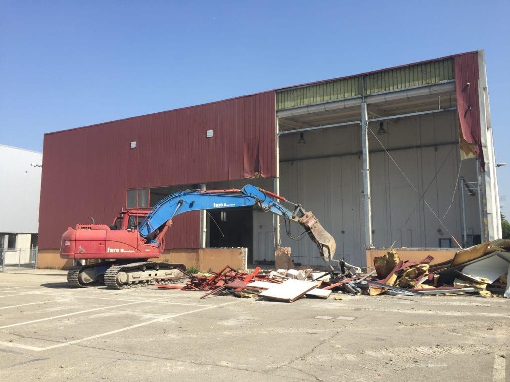 Bonifica ambientale copertura amianto demolizione fabbricati YOOX Zola Predosa Bologna