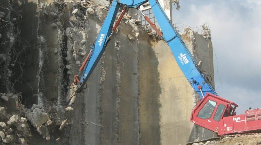 Demolizioni fabbricati recupero bonifica alta tecnologia